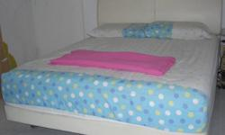Moving Overseas selling Cheap   Queeen-size Bed with