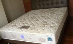 Moving out sale Queen size bed good condition