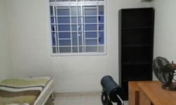 Rent a room - 9 Holland Avenue - Walk to bus stop, -