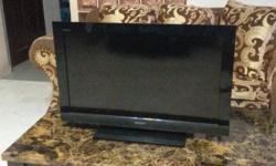 "WTS Sony 32"" Full HD 1080p TV with Remote. Working"
