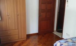 Common room for rent in Ballota park condo. Near to all