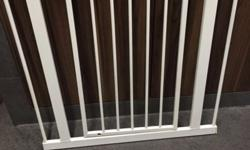 Limdam Safety gate good condition , selling at 35 .