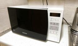 For Sale Used Samsung Microwave Solo Type Oven ME731K