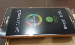 Samsung Note 3 - brand new in box, black with rose