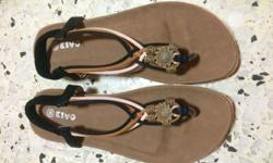 The sandals has never been worn before. Size 40,