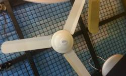 Selling Very cheap 3 bladed Branded new ceiling fan