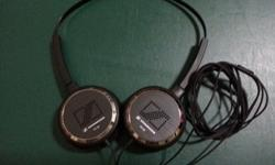 PX90 Portable on-ear stereo headphones with powerful