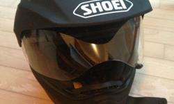 Excellent condition Shoei Hornet DS helmet. Size M