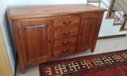 Small and tidy teak sideboard cabinet. In excellent