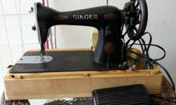 WTS a preloved singer sewing machine. Functioning