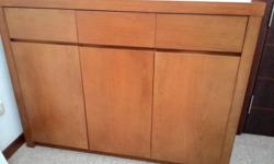 Solid Wood 3 Door Sideboard with drawers in very good
