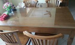 SOLID WOOD DINING TABLE FOR SALE (USED) $400 - price