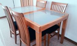 Solid Wood Extendable Dining Table With 4 high back