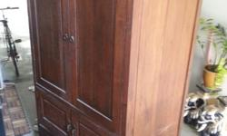 Antique solidwood TV cabinet for sale. Self collect.