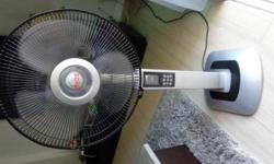 SONA Tower Fan. Includes Remote control. Good working
