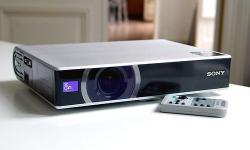 The Sony VPL-CS20 Projector incorporates the latest