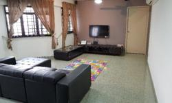 **AVAILABLE NOW** Spacious Common Room for Rent @ Blk