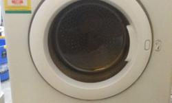 Sampson 4Kg Clothes dryer for sale. Very efficient,
