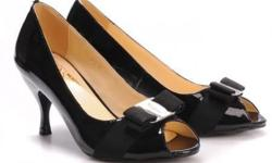 Special Promo: Authentic Feragamo Leather Peeptoe Pump