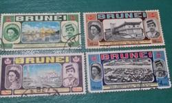 Set of 4 with Queen and Sultan at various locations
