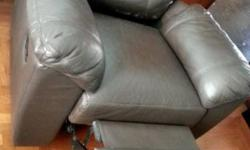Lorenzo reclined sofa. Good condition, used for 2 years