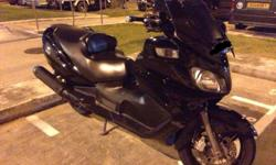 Good day, selling this Suzuki Burgman 650. It is in