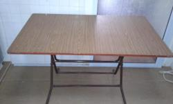 Foldable big table: cm 122 x 75 x 74 No delivery,