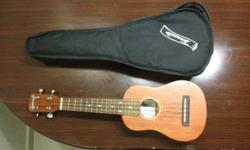 Soprano - Ukelele Nato-wood Case included
