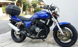 I am selling away my beautiful blue cb400 version s.