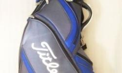 ~~~ TiTleist NyLon GoLF Bag $98 ~~~ One piece barely