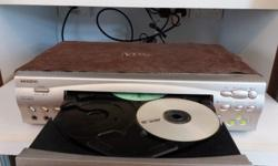 Toshiba VCD Player (3-disc) for sale. With karaoke