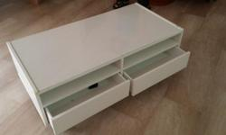 With drawers and rolling