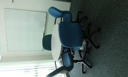 Look like brand new 2nd office furniture L-Shape table