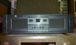 SUPER POWERFUL VINTAGE PEAVEY IP-4C POWER AMPLIFIER AT