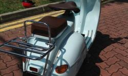Vintage/Classic full accessories Vespa for Sale in Tampines