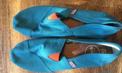 Wakai- NEVER WORN Japanese brand Size 40 Brand new Pick