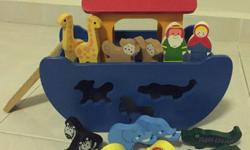 Wooden Noah's Ark - 12 animals, Noah & wife. Additional