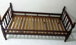 Hi we have one good condition single bed wooden frame