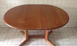 Good quality, solid wood, expandable table, plus 4