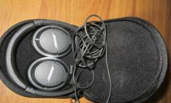 -Used Mint Condition Bose OE2 Bose On Ear 2 for sale