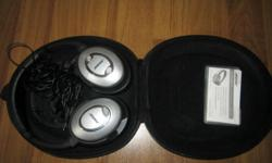 -Used Mint Condition Bose QC 15 Noise Cancellation 15