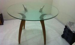 WTS : Preloved furniture 1. Round glass table Dim :