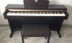 yamaha clavinova clp 220 to go! just for 750 sgd