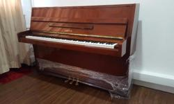 Beautiful Yamaha M5J, MADE IN JAPAN, piano selling only