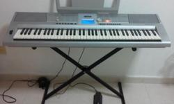 76keys With keyboard stand and pedal sustain Slightly
