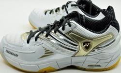 Top yonex for flat foot.....worn for walking only,